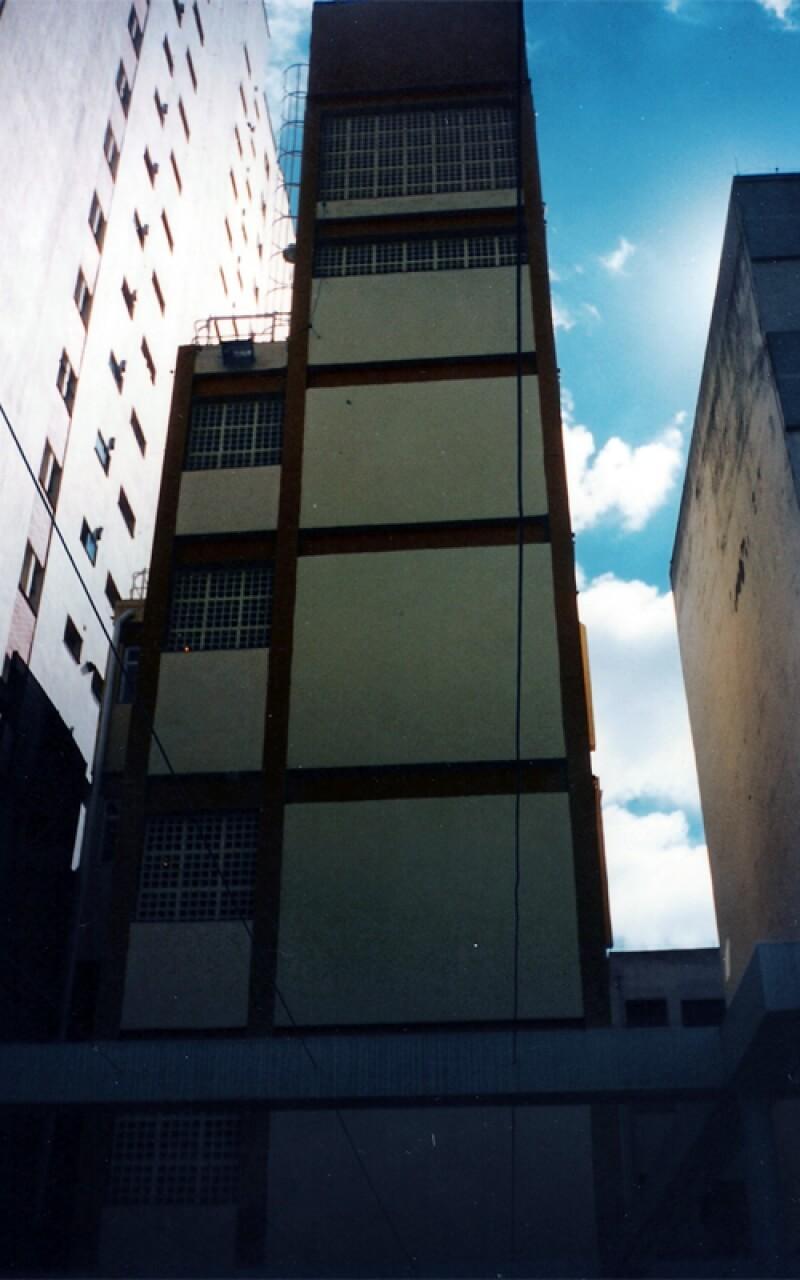 Estrutura Metálica para Escada de Incêndio